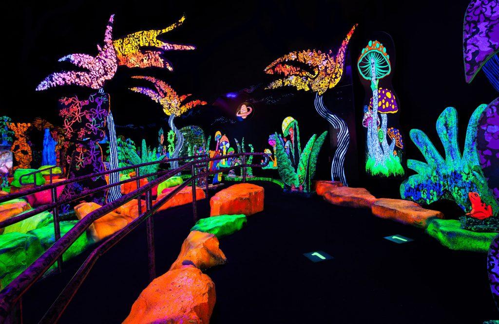 Putting Edge glow in the dark mini golf in Orlando